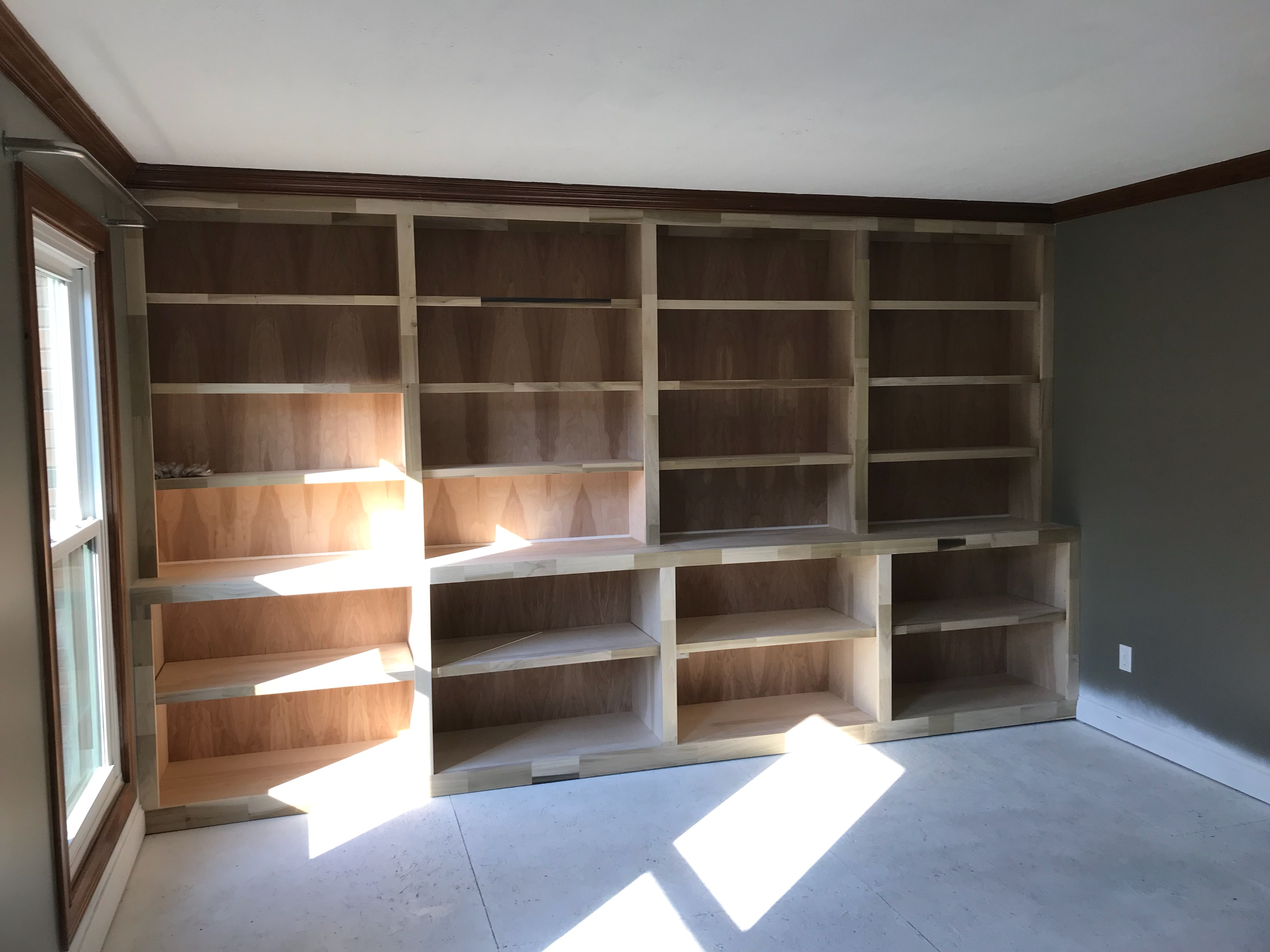 Custom buildin shelves Westerville Ohio